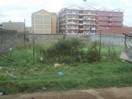 Kahawa Near Nakumatt Wendani 50x100 commercial plot available.