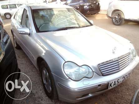 Mercedes Benz Very clean Nairobi CBD - image 2