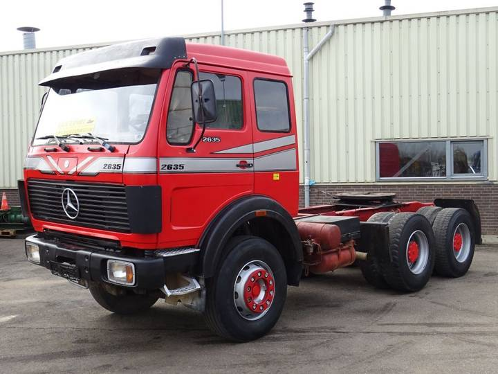 Mercedes-Benz 2635 Heavy Duty Tractor 6x4 V8 ZF Big Axle's Good Condition - 1988