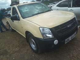 Isuzu dmax KBL local asking 1.3m