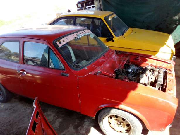 Ford v6 motor,gearbox ,propshaft branch n exhust Durban - image 2