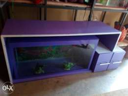 Stand plus aquarium