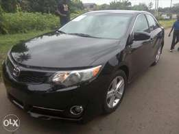 Toks 2014 Camry SE clean title