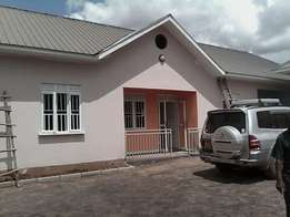 Sunhine doubles for rent in Namugongo at 300k