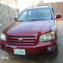 2006 Toyota highlander, very clean