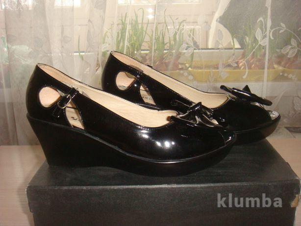 Босоножки Лаковые 37  200 грн. - Жіноче взуття Біла Церква на Olx 71428fae76bb5