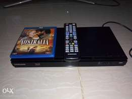 Still NEW Blu-ray 3D DVD smart player with internet facilities