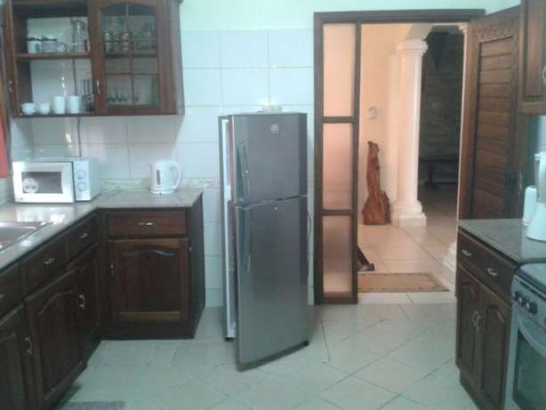 Fully furnished 3 bed Apartment To let Nyali Citymall Nyali - image 7