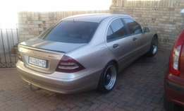 Mercedes C180 in very good condition for sale