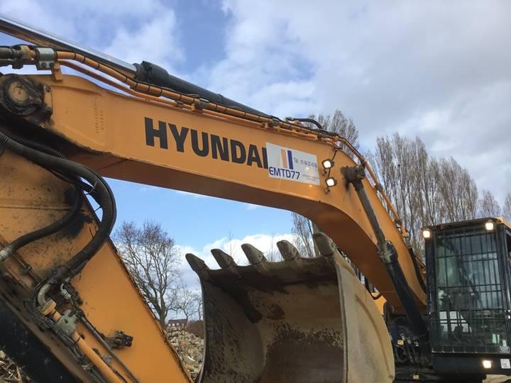 Hyundai HX330L - 2015 - image 25