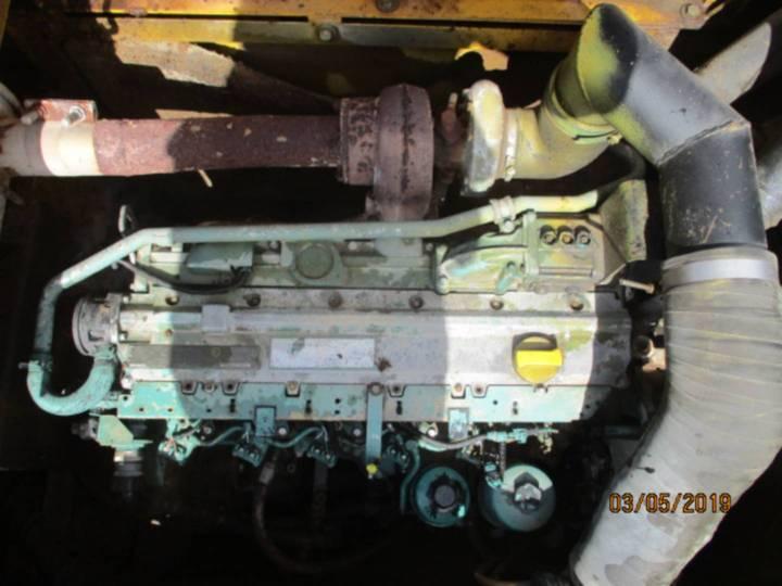 Volvo EC210 - 2005 - image 10