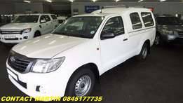 2014 Toyota Hilux 2.5 D4D with canopy