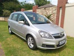 Call Haroon on 2002 Opel Zafira 2.2 Auto Full Panoramic roof 7 Seater