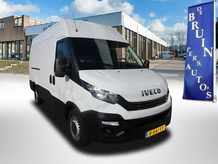 Iveco Daily 35S12V 85kw H2/L2 Airco Trekhaak 3500 Kg - 2017