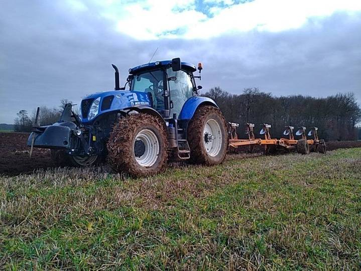 New Holland t7.220 - 2014