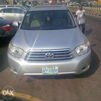 strong 2008 toyota highlander