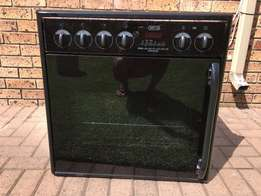 Oven Stove and Extractor for Sale