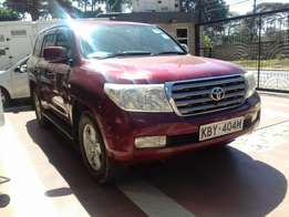 Toyota land cruiser v8, maroon colour, very clean, finance accepted