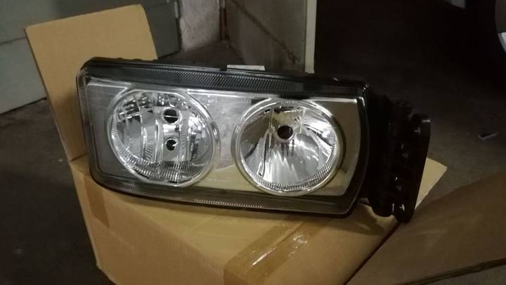 Iveco New  headlight for  Stralis 2007 tractor unit