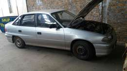 Opel astra 1.8 stripping