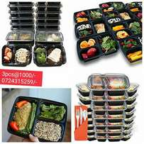 RE Usable BPA free microwave safe containers. 5pcs at 1000