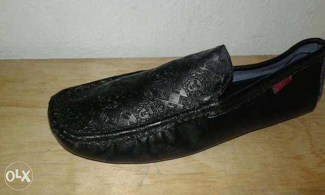 Men low sole loafers Mombasa Island - image 3