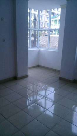 Smart two bedroom house at beacon to let Bamburi - image 3