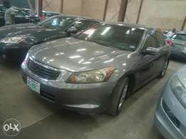 Extremely clean Honda Accord 09