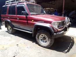Prado box 2500cc 1999yom Diesel Manual 4wheel Drive