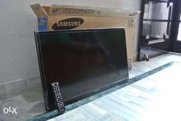 Samsung 32 inch Brand New TV ( free delivery)