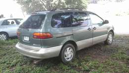 Clean and sound Toyota Sienna for cheap sale