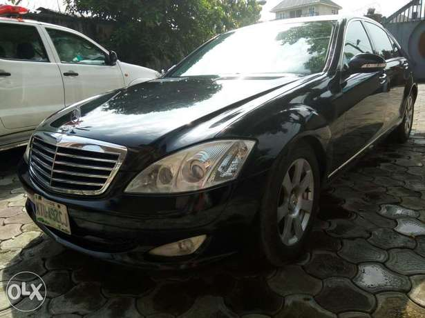 Fairly used mercedes benz s class, very clean and sharp. Obia/Akpor - image 2