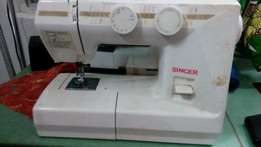 SINGER Sewing Machine - Electronic, Industrial Speed.