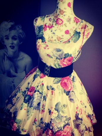 a6395d7e85 Sukienka retro kwiaty pin up vintage Kobyłka - image 1
