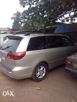 Toyota sienna 2006 model