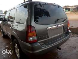 2002 Tokunbo Mazda Tribute for 1.1M