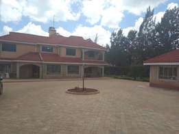 7 bedroom house with 2 bedroom guest house for sale in Runda
