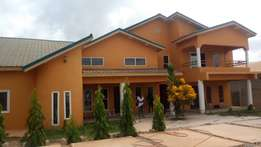 Exe newly built 6 bedrooms full house at Tech-Boadi.