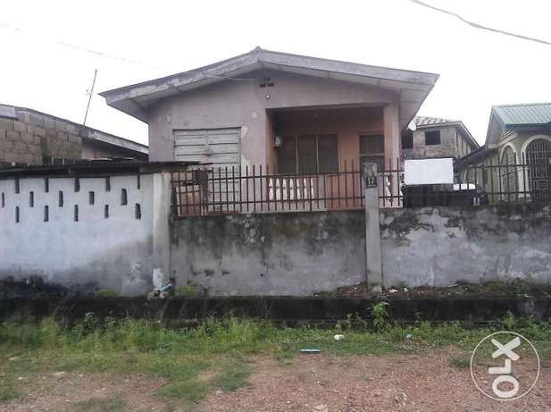 A bungalow comprising 3 bedroom flat and 2 bedroom with C of O N4.5m Alagbado - image 2