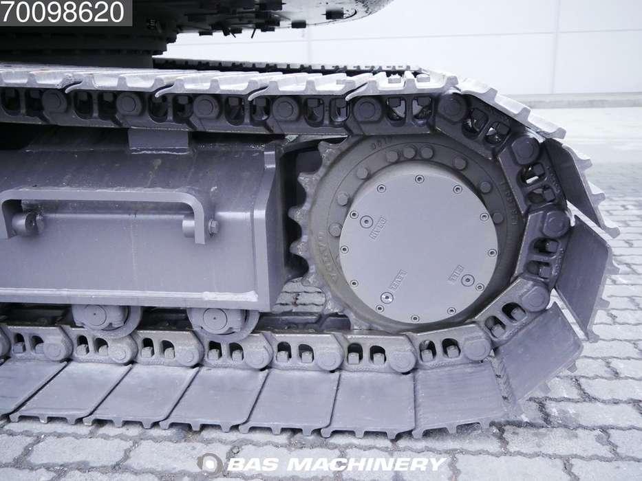 Volvo ECR145CL - 2018 - image 8