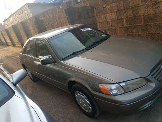 very clean Toyota Camry tiny lightTokunbo Lagos clear paid full duty Alimosho - image 2