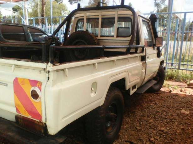 Toyota Land Cruiser Pick-up for sale. Saroyiot - image 2