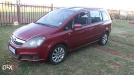 2006 Opel zafira 7 seater for sale.
