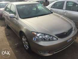 Sharp Camry XLE Leather 2006 (Full Options) Tokunbo