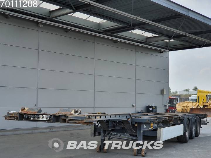 Krone 2x20-1x30-1x40-1x45 ft 3 axles Multifunctional Chassis - 2006