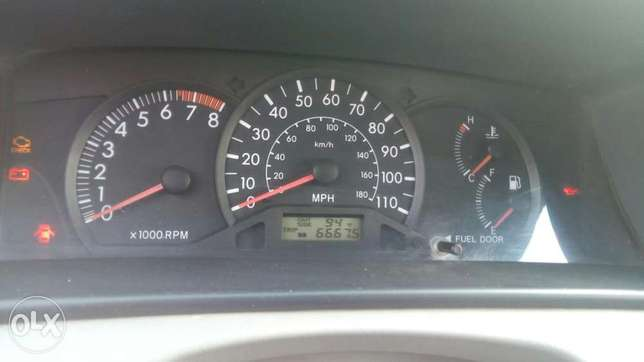 Toyota Camry for 03 for sale Aja - image 4