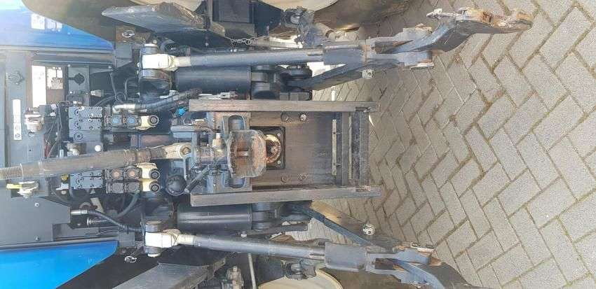 New Holland t7050autocommand - 2011 - image 6