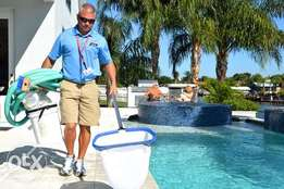 Swimming pool cleaning services from Etiquette