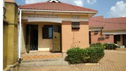 Precious self-contained single bedroom house in kirinya at 300k