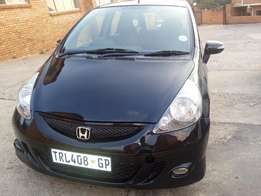 2007 Honda Jazz 1.5 Hatchback selling price R60,999 Negotiable